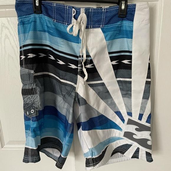 EUC Billabong board shirts size 34